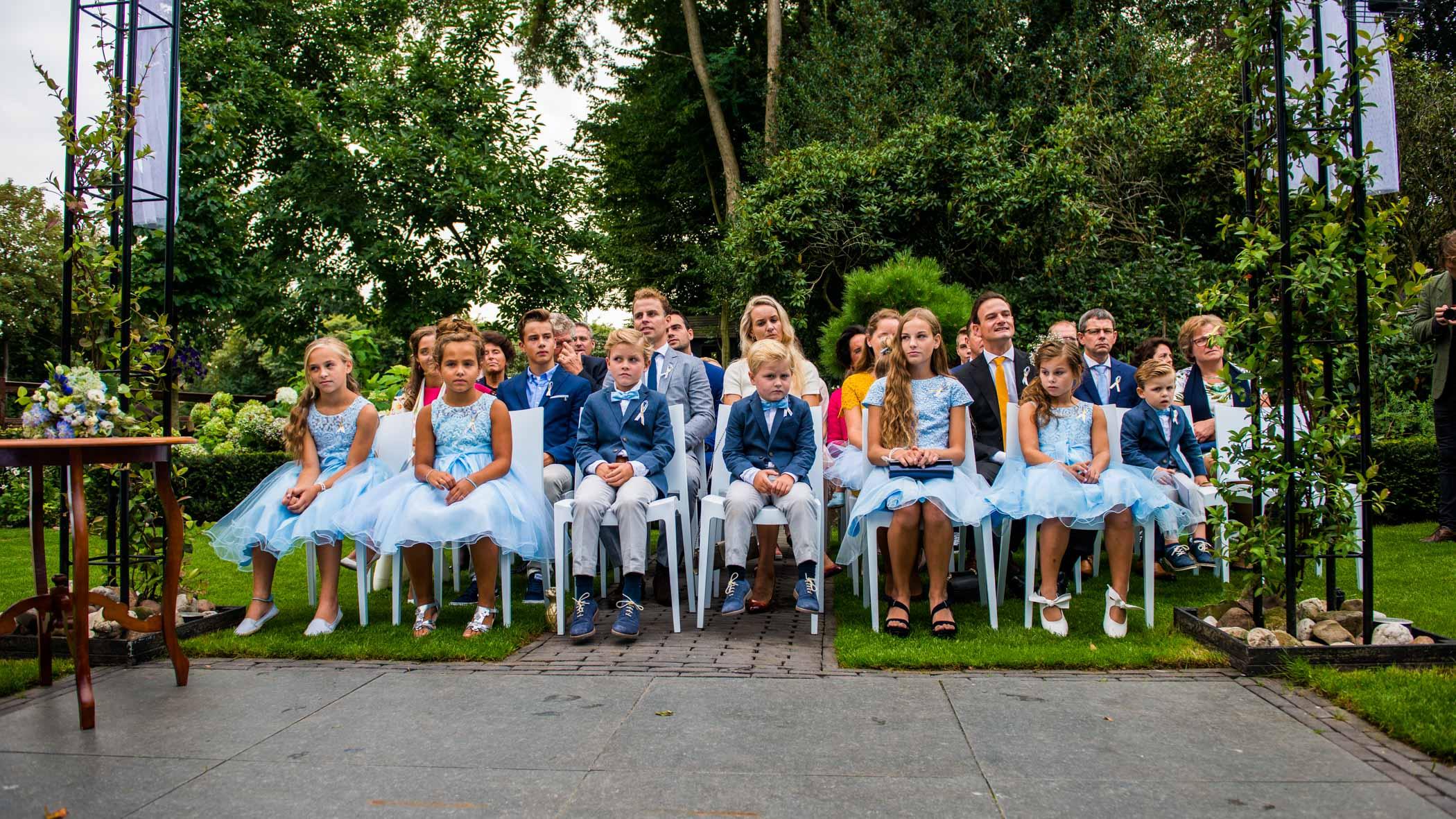 Bruidskinderen bij ceremonie