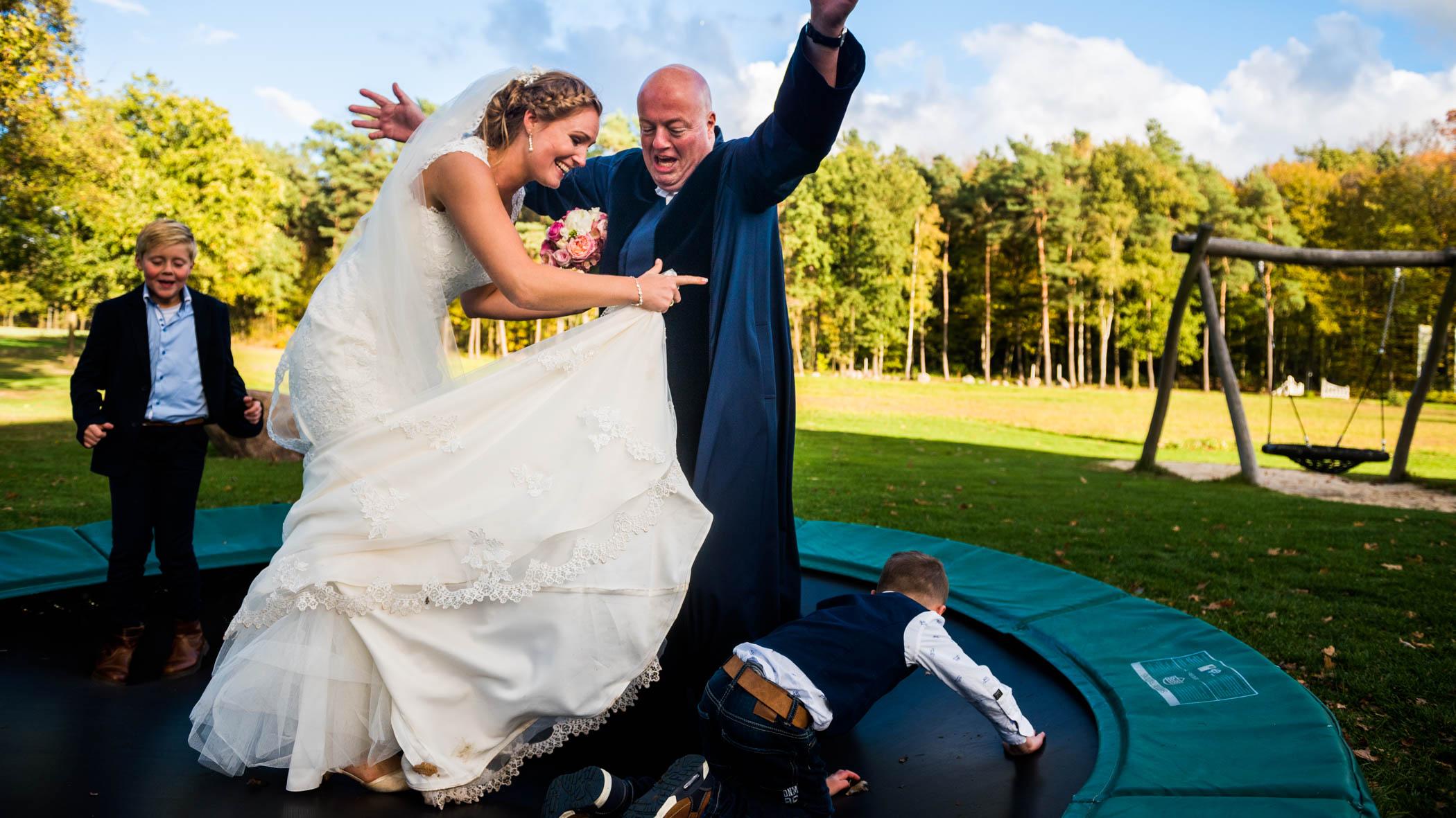 Martin Coers op de trampoline
